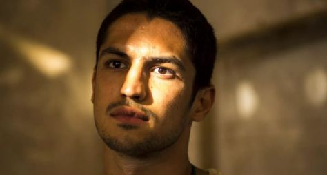 Gabriel Leone é reservado para a novela Tróia, prevista para a faixa das 21h