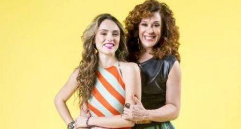 Isabelle Drummond e Claudia Raia caracterizadas para Verão 90