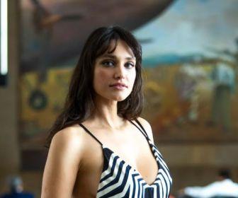 'Verão 90': elenco grava cenas em aeroporto no Rio de Janeiro
