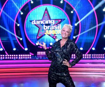 Xuxa comanda versão do sucesso Dancing Brasil com crianças