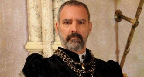 """Floriano Peixoto é escalado para """"Topíssima""""; confira o elenco preliminar"""