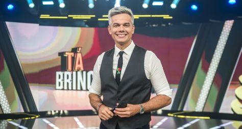 Otaviano Costa fala sobre o Tá Brincando, que estreia neste sábado