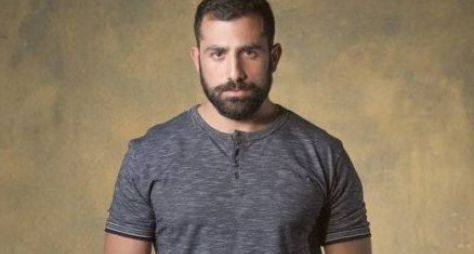 "Kaysar Dadour defenderá capanga em ""Órfãos da Terra"""