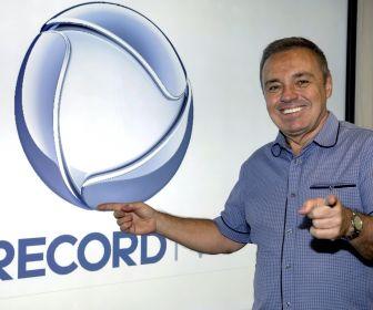 Gugu Liberato renova contrato com a Record TV