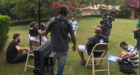 Domingo Show: Geraldo Luis entrevista o ator Vitor Morosini