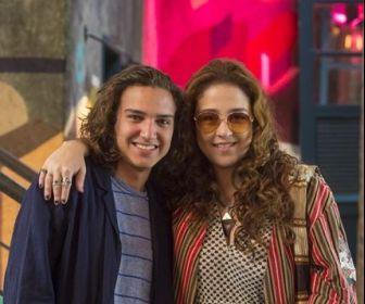 Malhação - Vidas Brasileiras: Tito conhece a cantora Nina Burana