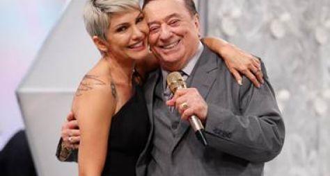 Programa Raul Gil recebe Antônia Fontenelle, Harmonia do Samba e Léo Santana