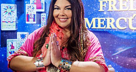 Verão 90: Freda Mercúrio faz sucesso na PopTV