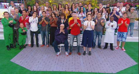 A Praça é Nossa: Carlos Alberto homenageia o filho e diretor Marcelo de Nóbrega