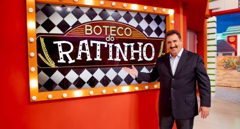 Gustavo Mendes participa das brincadeiras no Programa do Ratinho