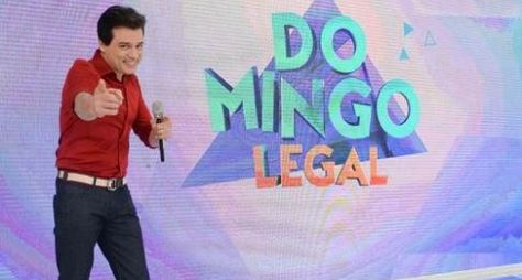 "Domingo Legal tem disputa entre a turma do ""Programa do Ratinho"" e artistas"