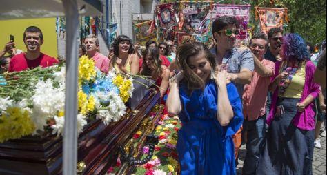 Tá no Ar: Cortejo festivo marca encerramento do programa
