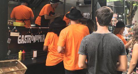 """Participantes de """"O Aprendiz"""" precisam vender hot dogs em food truck"""