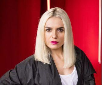 """Monica Iozzi fica loiríssima para personagem em """"A Dona do Pedaço"""""""