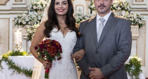 Almeidinha apronta no altar e Zuleika quase desiste do casamento