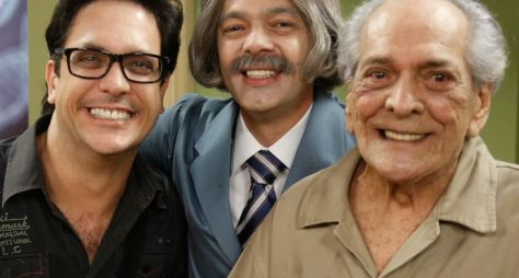 Elenco da Escolinha do Professor presta homenagem a Lúcio Mauro