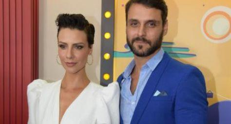 """Record TV apresenta sua nova novela das sete, """"Topíssima"""""""