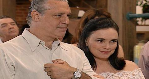 """Em quatro semanas, a reprise de """"Por Amor"""" supera público de """"Cordel Encantado"""""""
