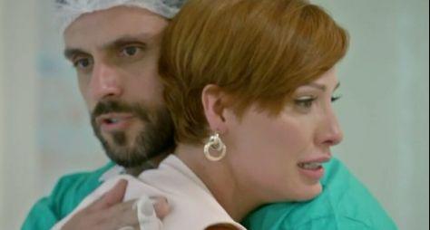 "Record TV amarga o terceiro lugar com o quinto capítulo de ""Topíssima"""