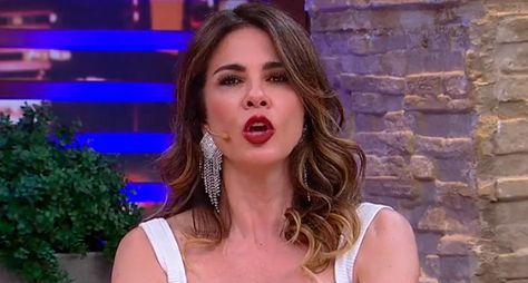 """Com ausência da apresentadora, RedeTV! cancela gravações do """"SuperPop"""""""