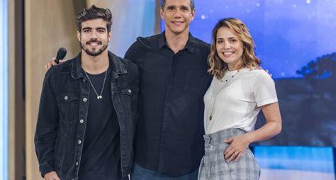 Tamanho Família: Marcio Garcia recebe Letícia Colin e Caio Castro
