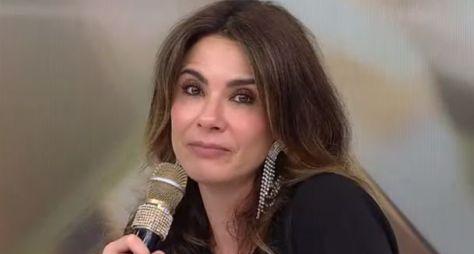 """SBT agenda nova data para Luciana Gimenez participar do """"Programa Silvio Santos"""""""
