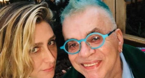 Após ler críticas na internet, Walcyr Carrasco tem encontro com Amora Mautner