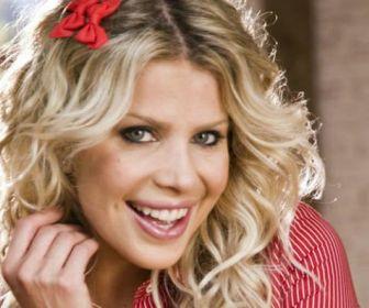 RedeTV: Reality apresentado por Karina Bacchi será exibido aos domingos