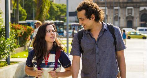 """Primeiro episódio de """"Shippados"""" é atração da """"Sessão Globoplay"""""""