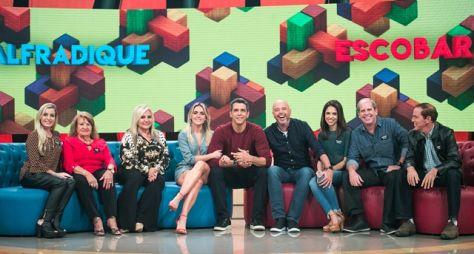 Tamanho Família traz a ginga e o bom humor de Monique Alfradique e Alex Escobar