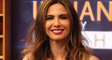 RedeTV! antecipa gravações dos programas de Luciana Gimenez