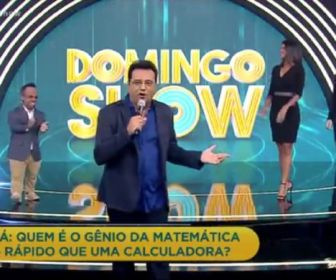 O novo cenário do Domingo Show. Foto: Record TV