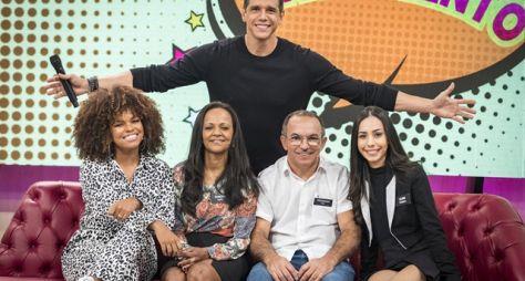 """Ferrugem e Jeniffer Nascimento dividem o palco do """"Tamanho Família"""""""
