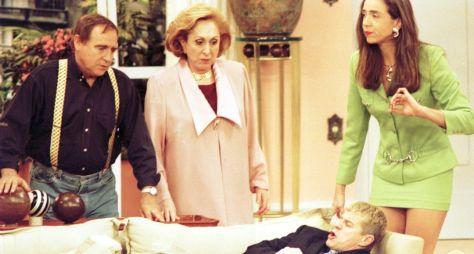 Globo lidera isoladamente com reprises de programas e novelas