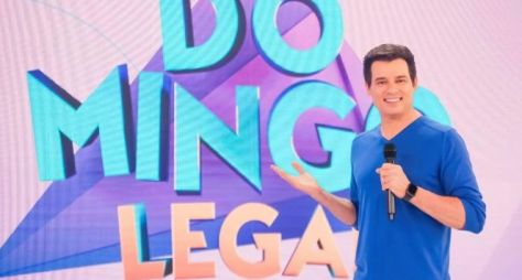 Celso Portiolli celebra dez anos no Domingo Legal e vitória sobre a Record TV