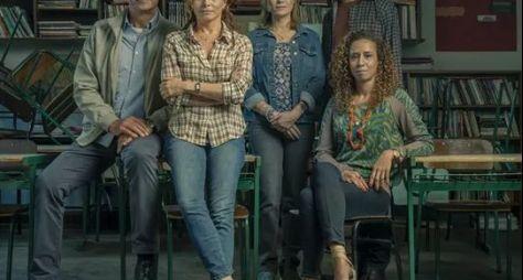 """O elenco principal da série """"Segunda Chamada"""""""