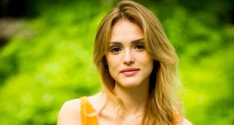 Isabelle Drummond e Rafael Cardoso devem formar par romântico em novela das 21h