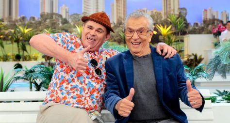 """Nem Carlos Alberto de Nóbrega sobe explicar o sucesso de """"A Praça é Nossa"""""""