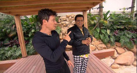 Domingo Show: Rodrigo Faro abre sua mansão para Geraldo Luís