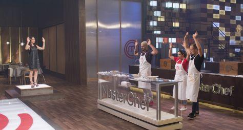 Eduardo, Lorena e Rodrigo disputam a semifinal do MasterChef neste domingo