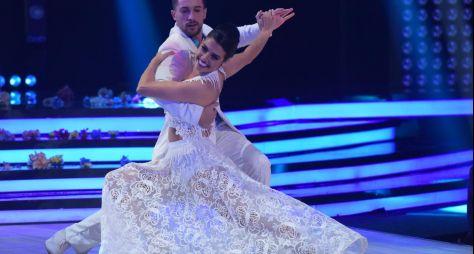 Por vaga na semifinal, estrelas precisam dançar com dois bailarinos