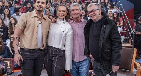 """Paolla Oliveira e Walcyr Carrasco são os convidados do """"Altas Horas"""""""