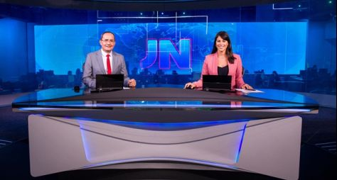 Ayres Rocha Jéssica Senra apresentam o Jornal Nacional neste sábado