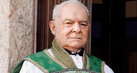"""Othon Bastos fará participação afetiva em """"Éramos Seis"""""""