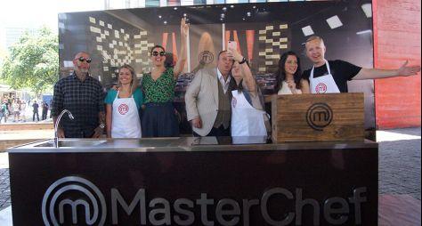 Elenco do MasterChef surpreende fãs em uma ação inédita na Avenida Paulista