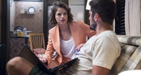 Josiane se alia a William para se livrar da culpa pelos assassinatos