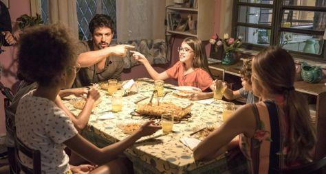 Bom Sucesso: Marcos e Sofia jantam na casa de Paloma