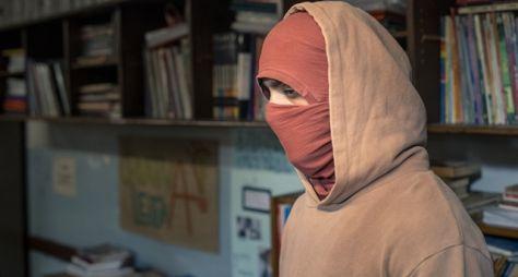 Segunda Chamada: Lúcia e os alunos são surpreendidos por um assalto