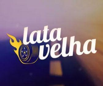 """""""Lata Velha"""" reforma van de time de futebol feminino do Espírito Santo"""