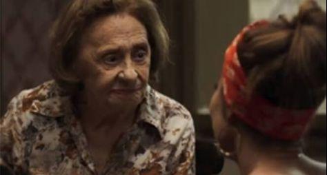 Laura Cardoso volta aos Estúdios Globo para gravar últimas cenas de novela